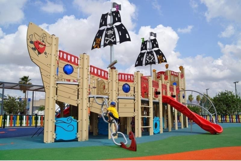 INCREDIBLE THEMED PLAYGROUND FOR CÁRTAMA.