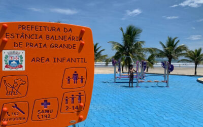 Brésil : Parc pour enfants en acier inoxydable pour les plages