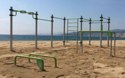 Parque de calistenia en la playa de Palamós