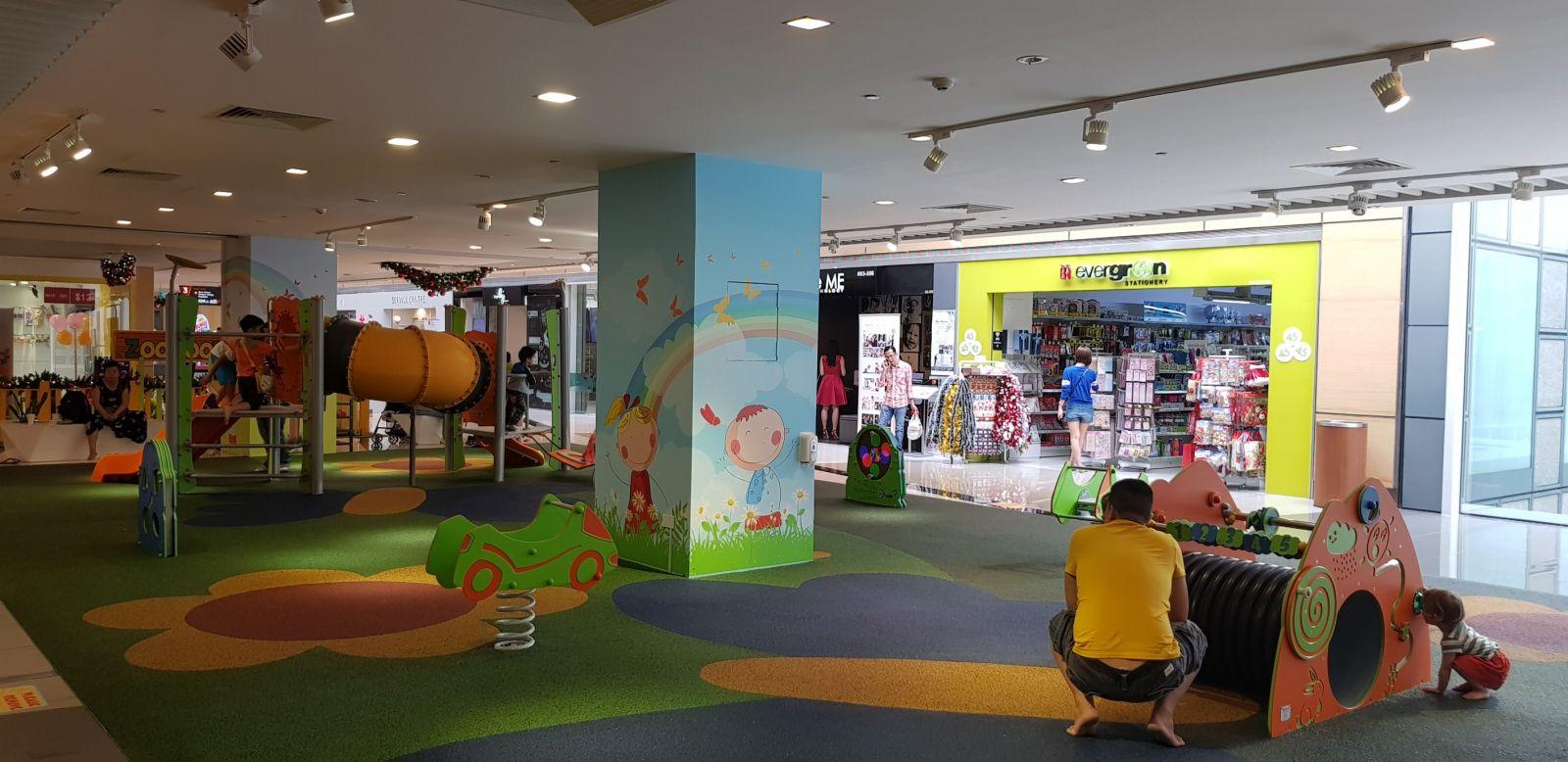 parque-infantil-suelo-goma-seguridad-certificado